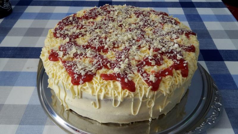 1027559-960x720-erdbeer-spaghettieis-torte.jpg